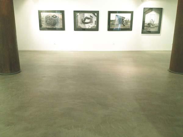 Microcemento en suelos de museo