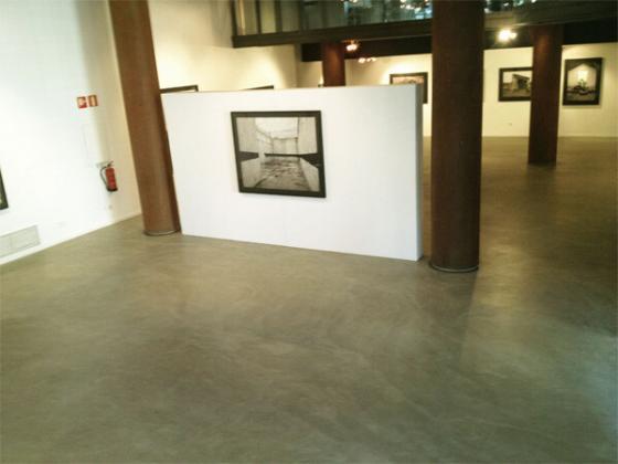 suelos de microcemento en museos