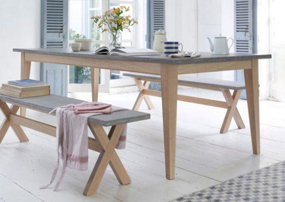 mesa y banco de microcemento resistone